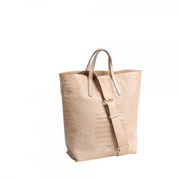 shopper carrie abro 2